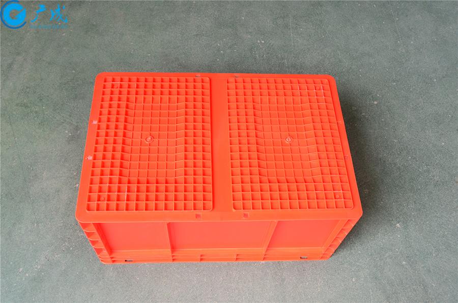 EU4628物流箱底部面