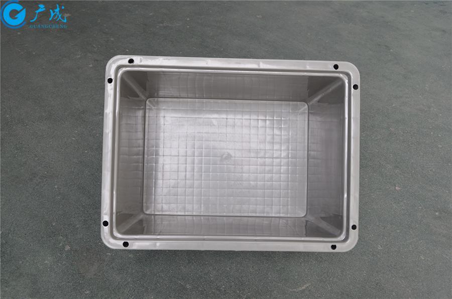 EU4328物流箱包角款內部