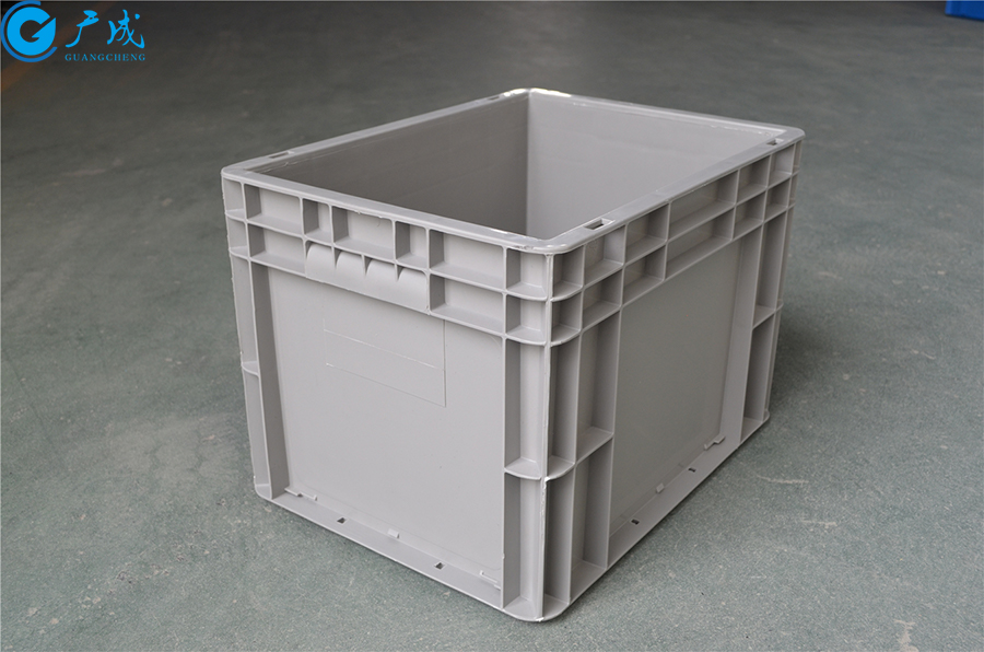 EU4328物流箱加强底正面特写