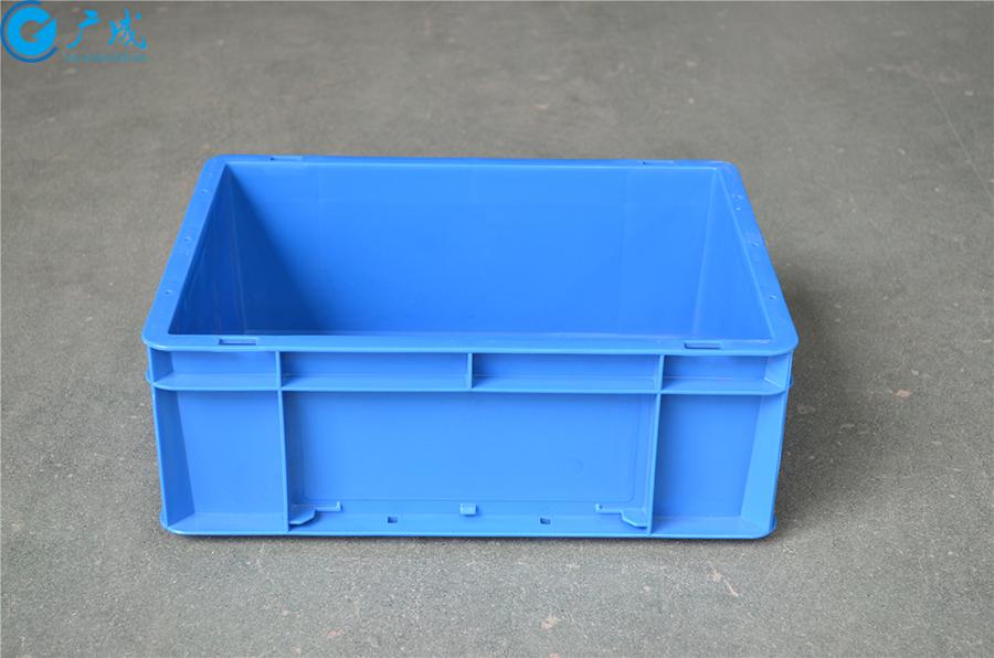 EU43148物流箱加强底侧面