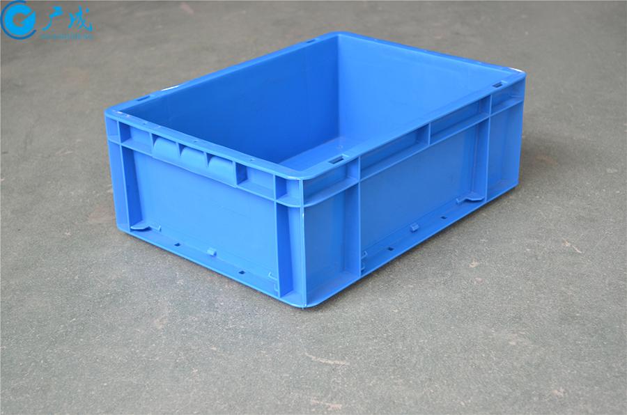 EU43148物流箱加强底正面特写