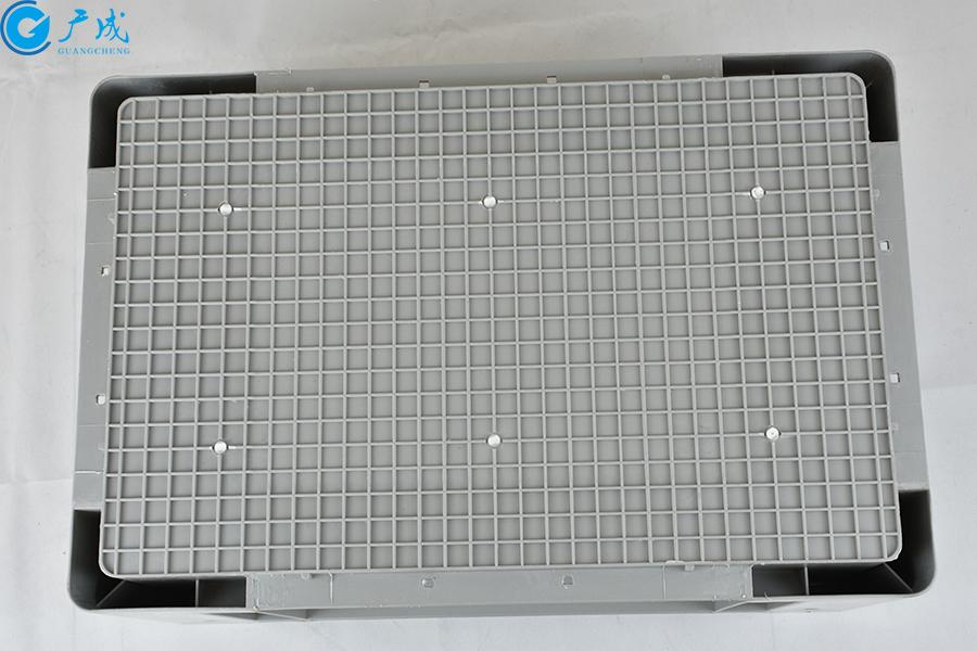 EU4628物流箱包角款底部面