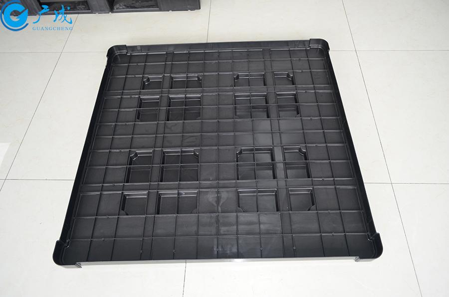 1111B田字塑料托盘盖反面