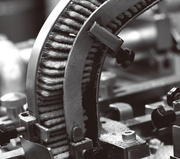 隔震效率可达97%,兼具隔震和驱动双重功能