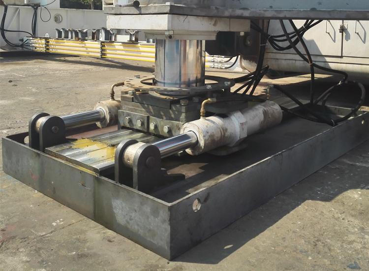 钻机平移装置
