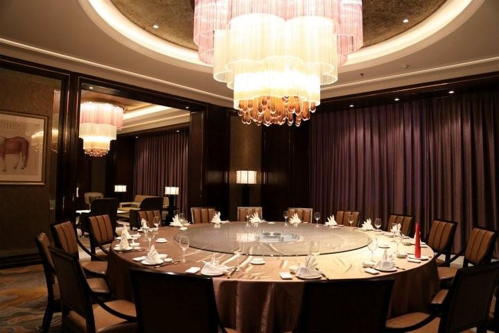 沈阳东方银座铂尔曼酒店灯饰安装工程