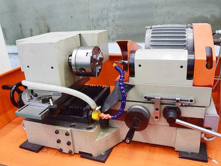 GD-002三爪式内径冲子研磨机