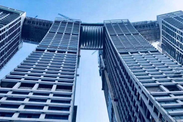 重庆横建摩天大楼(来福士广场)