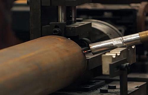 快速门卷轴自动化焊接