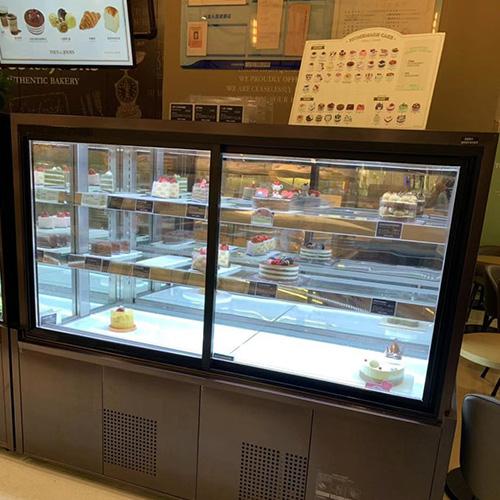 常温蛋糕柜和制冷蛋糕柜的区别方法
