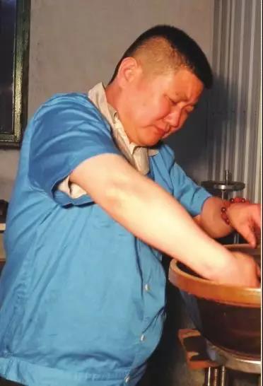 晋墨坊第七代传人张兰波