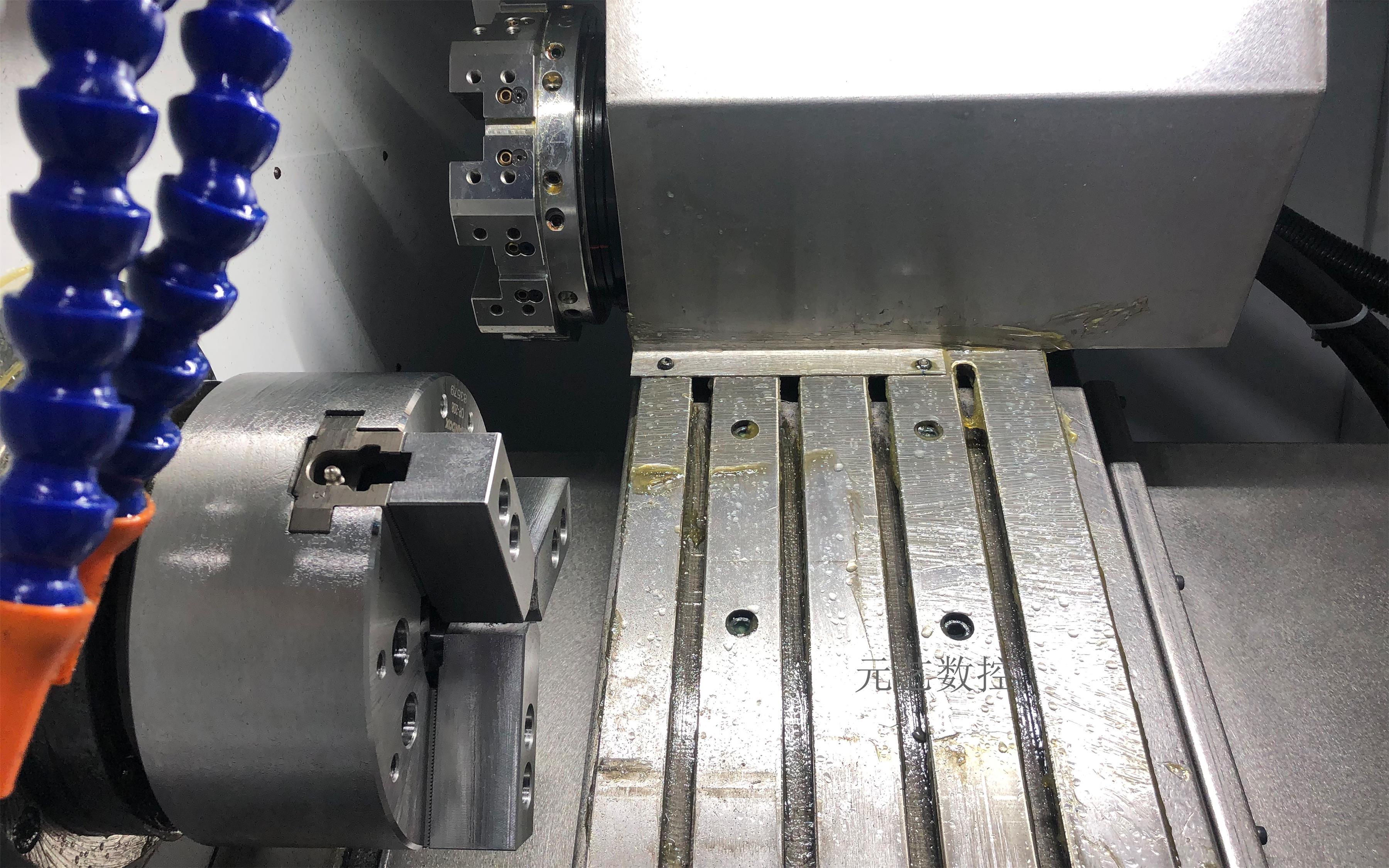 CK46X/D 刀塔斜轨精密数控车床(不带尾顶)
