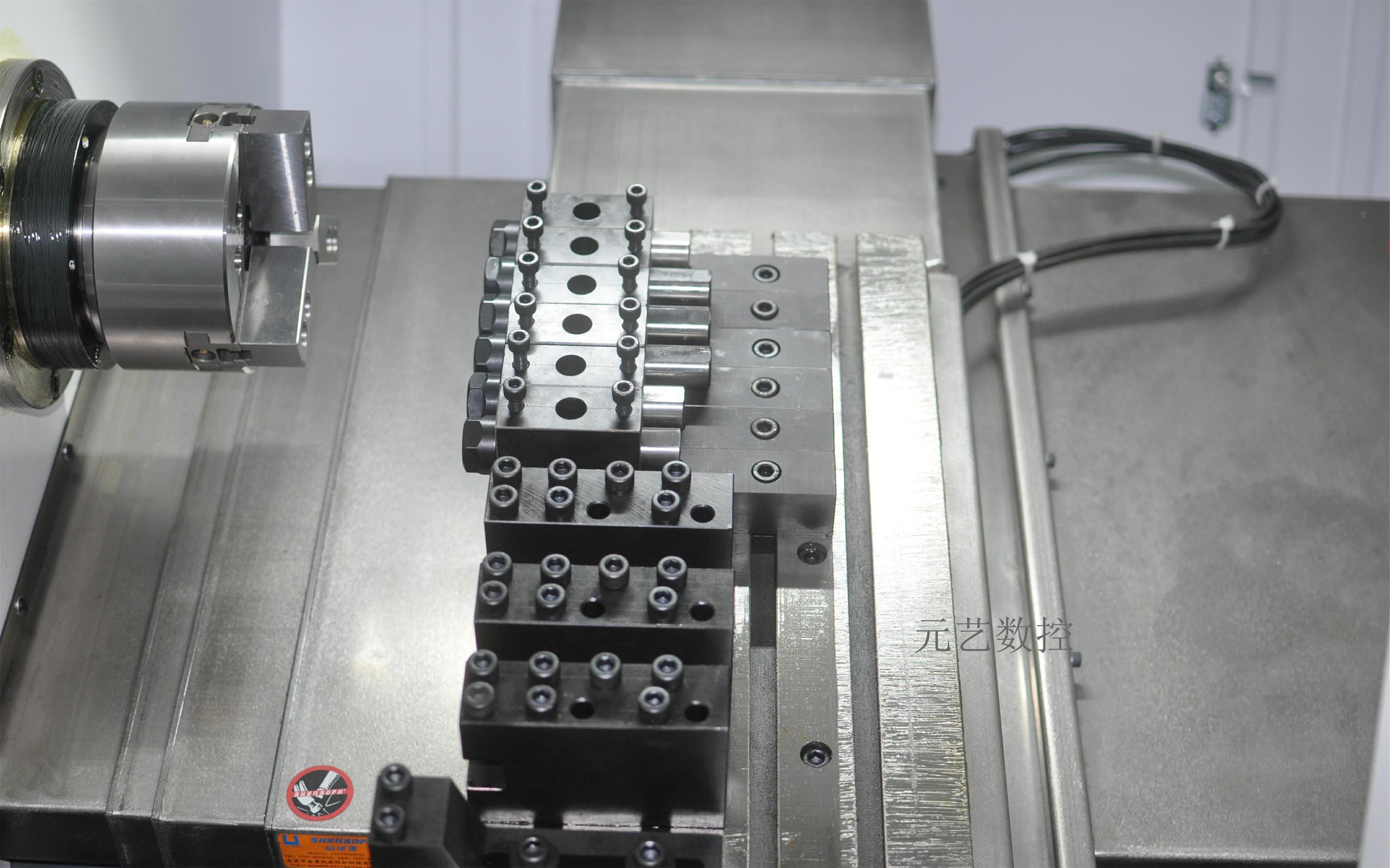CK46X/Z斜軌排刀精密數控車床
