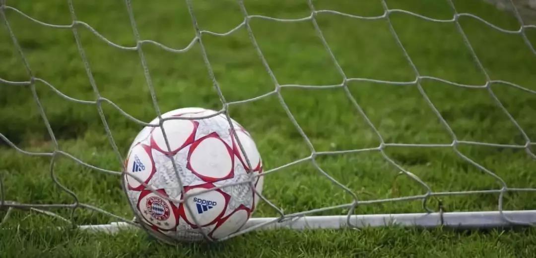 支持孩子踢足球的9大理由