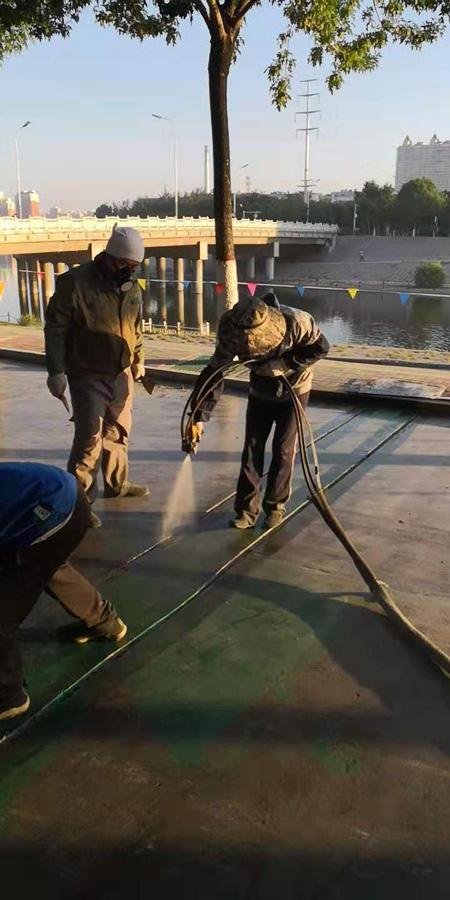 聚脲防水涂料在高铁和高强度轨道上的应用