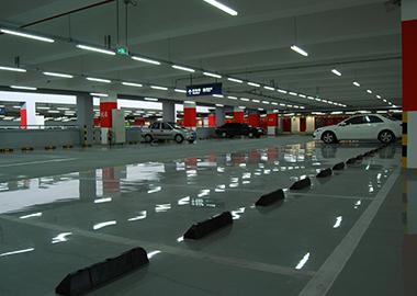 浦东国际机场二号航站楼停车库