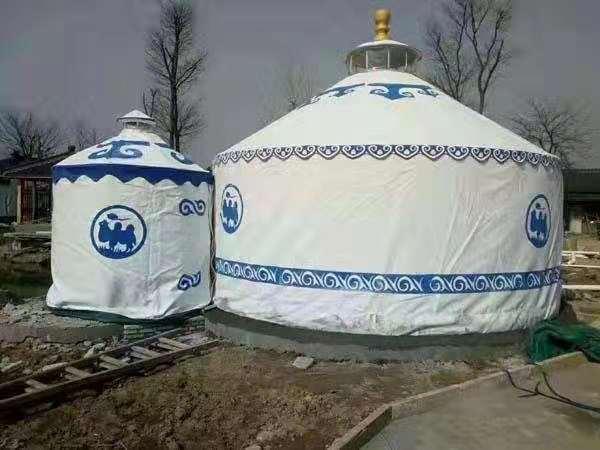 旅游景点蒙古包