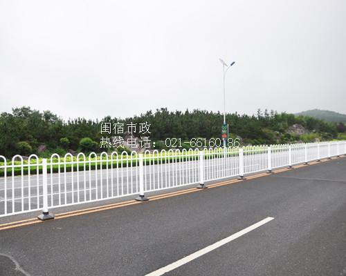 京式锌铁道路护栏