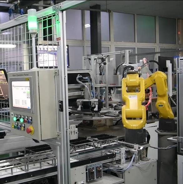 空调配件机器人下料