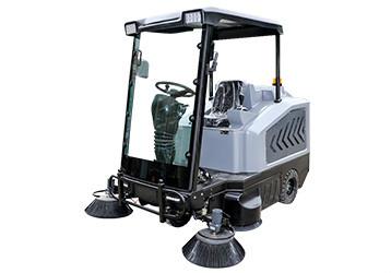 驾驶式电动扫地车品牌选择关键看性价比!