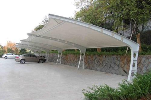 武汉户外汽车膜结构停车棚