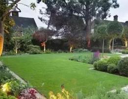 庭院 | 草坪:现代景观地面空间不可或缺的背景你真的需要吗?