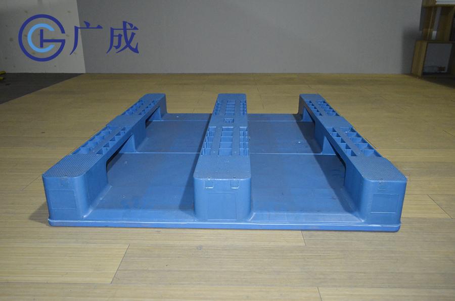 1210平板川字塑料托盤反面進叉口