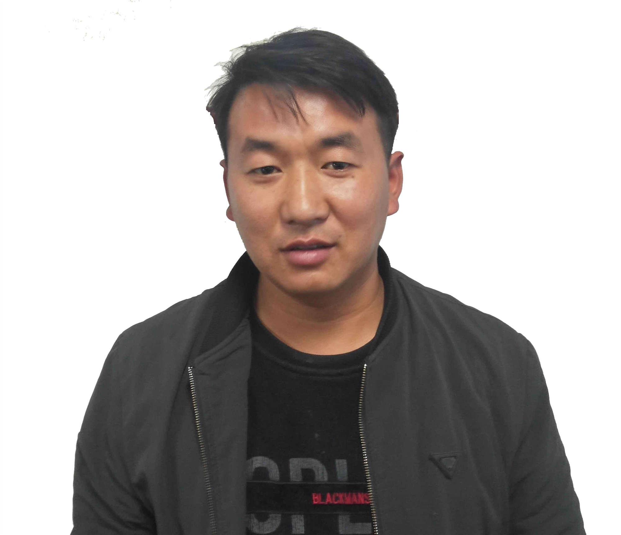 高级技术师刘延奇