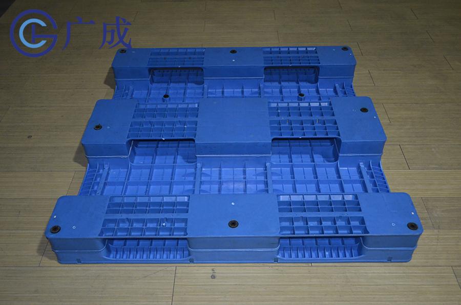 1212平板川字焊接塑料托盤反面