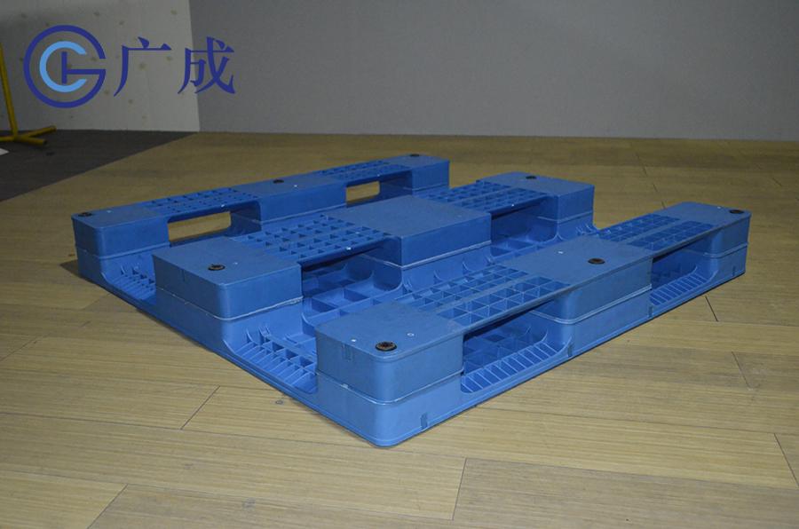 1212平板川字焊接塑料托盤反面45度角