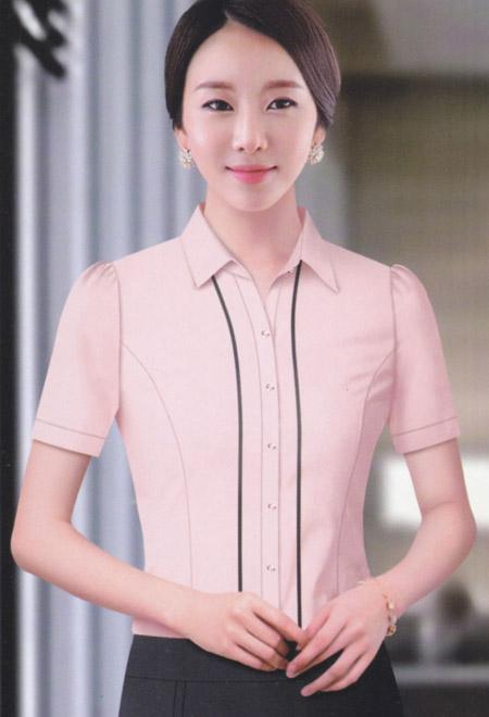 武汉职业装定制厂家谈冬季怎么穿职业装才能不显得臃肿