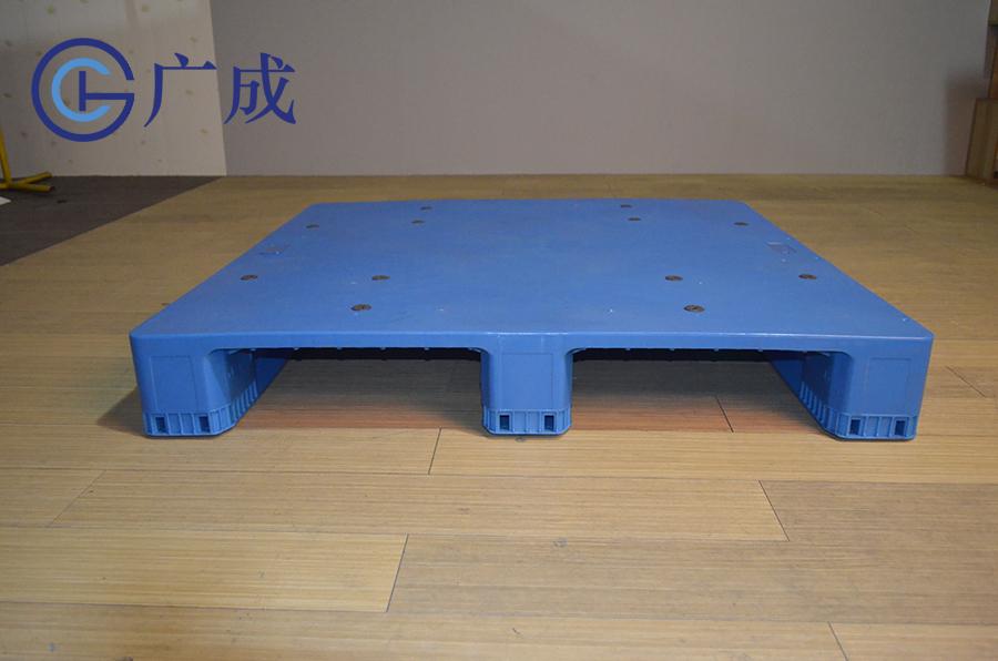 1212B平板川字拼接塑料托盤正面進叉口
