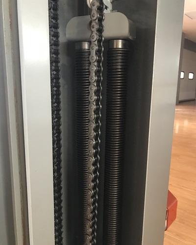 J螺旋快速门弹簧平衡系统