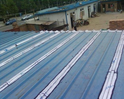 屋顶彩钢瓦防水施工