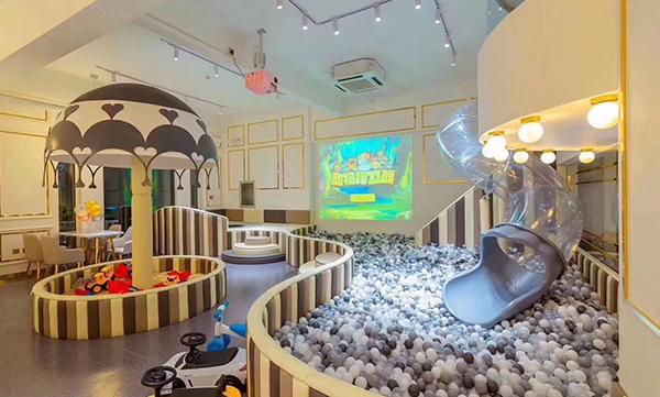 """沙特阿拉伯""""嗨童神奇星球""""家庭娱乐中心开业"""