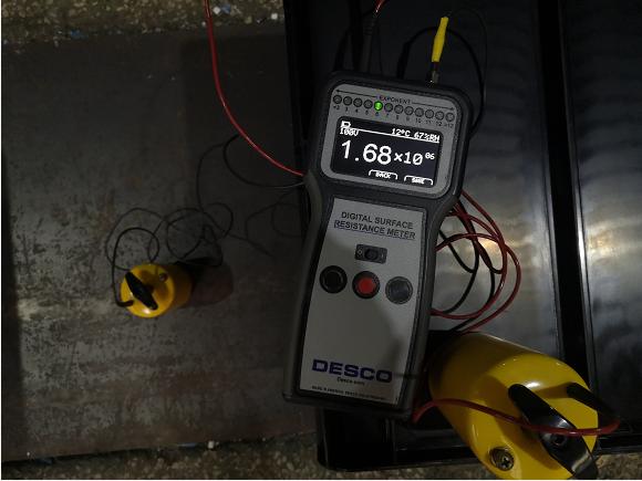 防静电塑料物流箱重锤仪器接地测试
