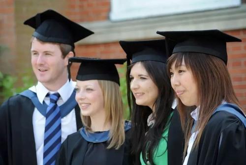 境内留学生、毕业生、485持签者更具有优势-澳洲移民公司