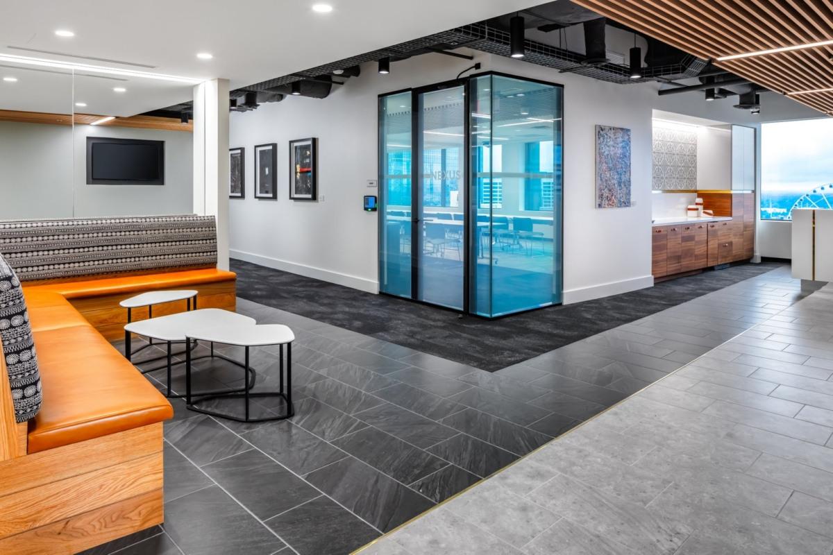 办公室设计及装修中如何挑选瓷砖?
