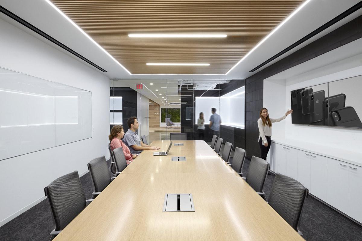 创意会议室装修设计