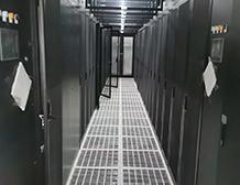 伊顿93E系列300KVA UPS电源-驴妈妈数据中心