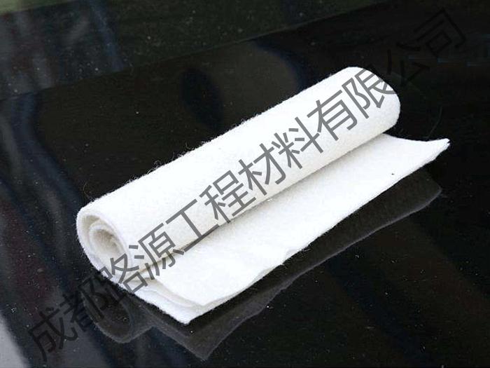 聚酯土工布