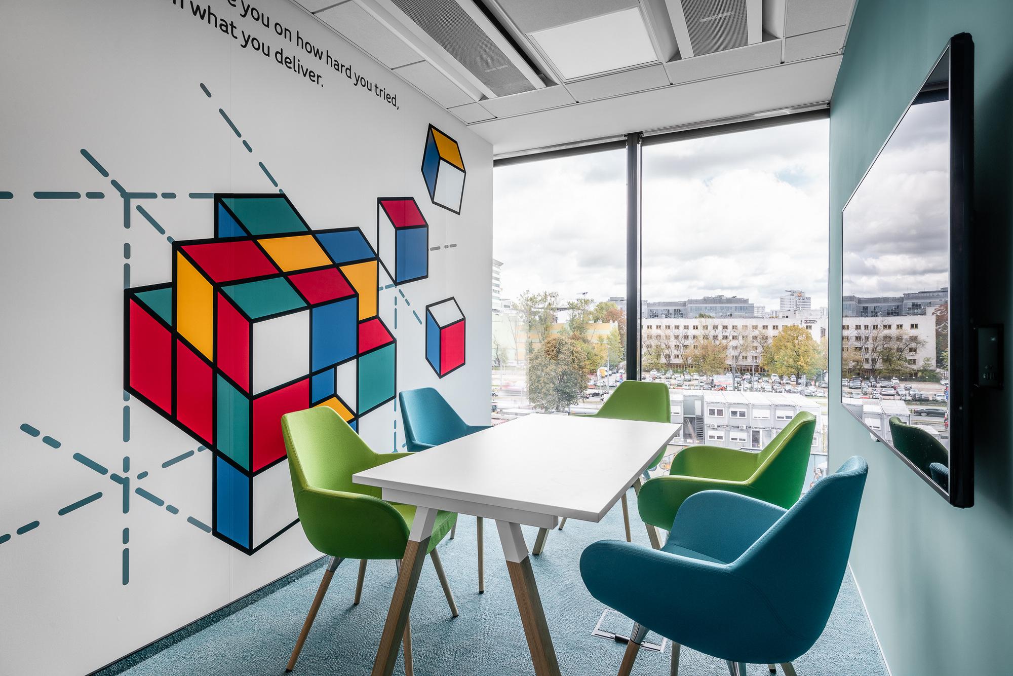 办公室设计如何更有创新的办公空间氛围?