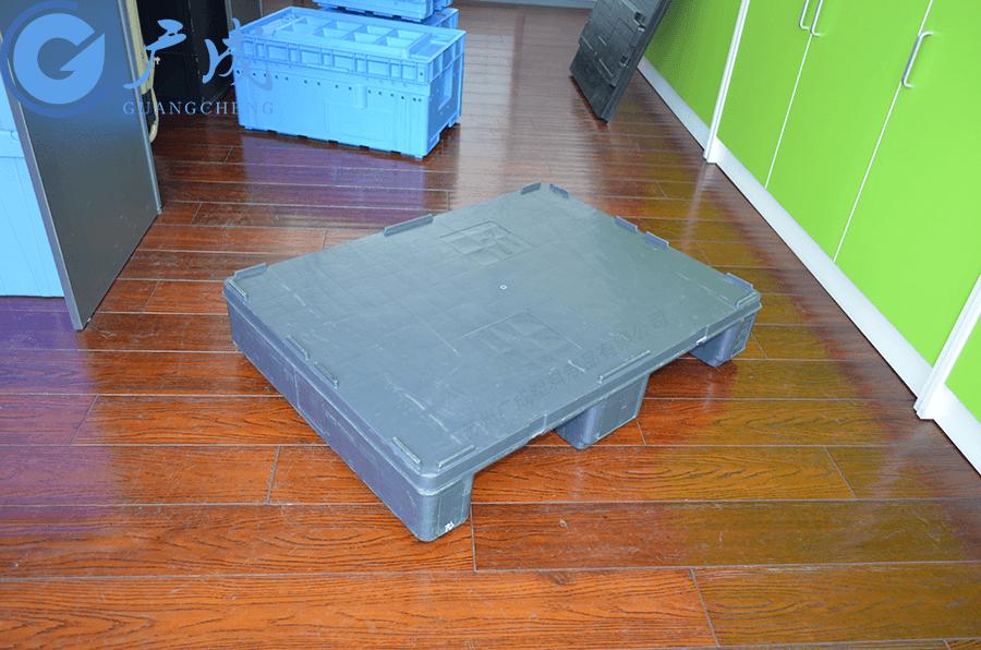 德系定制8060平板川字塑料托盤正面