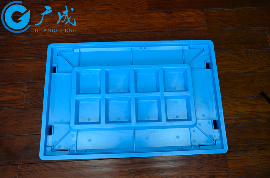 VDA600*400物流箱蓋子使用特寫