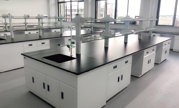 宝创千州全钢中央台-打造智能一体化实验室 苏州春凯实验设备