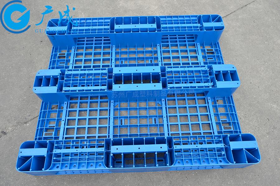 1210B網格川字塑料托盤底部
