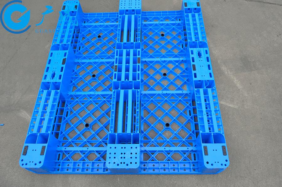 1210A網格川字塑料托盤反面