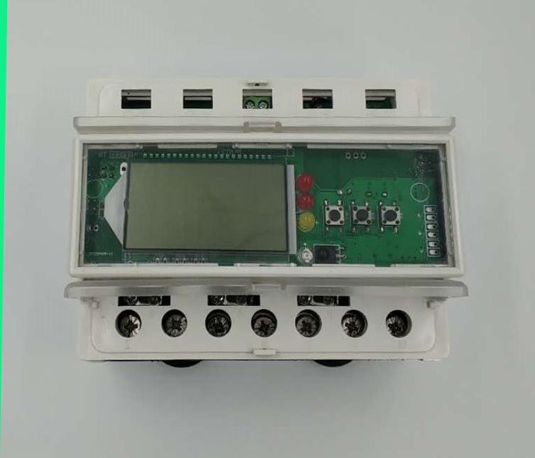 友先达三相GPRS导轨电表(预付费电表)研发成功