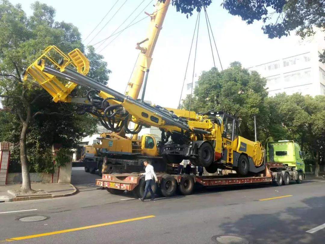 工程机械吊装运输