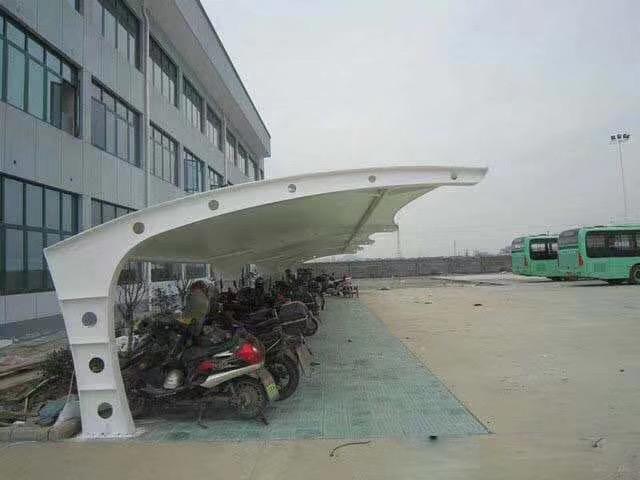小区膜结构停车棚